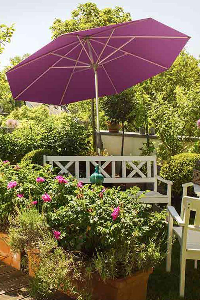 So Schon Bunt Kann Ein Sonnenschirm Sein Der Glatz Alu Twist Sonnenschirm Von Glatz Ist In Vielen Farben Erhal Sonnenschirm Garten Sonnenschirm Terassenideen