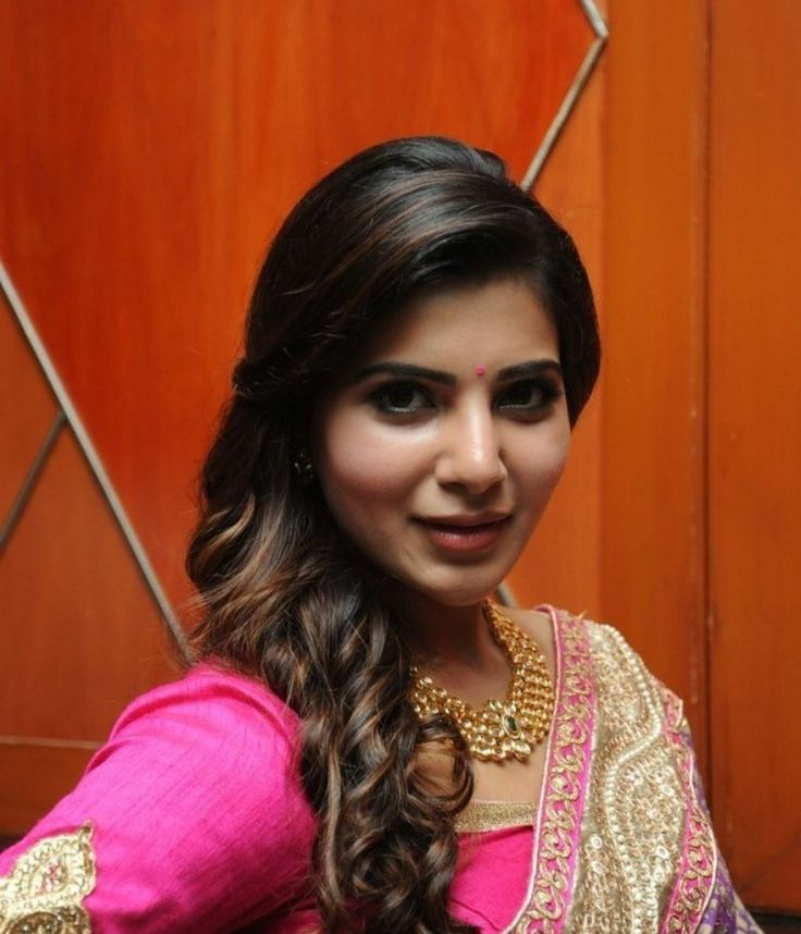 Samantha Latest Hot Navel Show Stills In Red Saree - Tollywood Stars