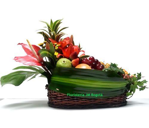 Los arreglos frutales no solo embellecen los ambientes sino que alegran el…