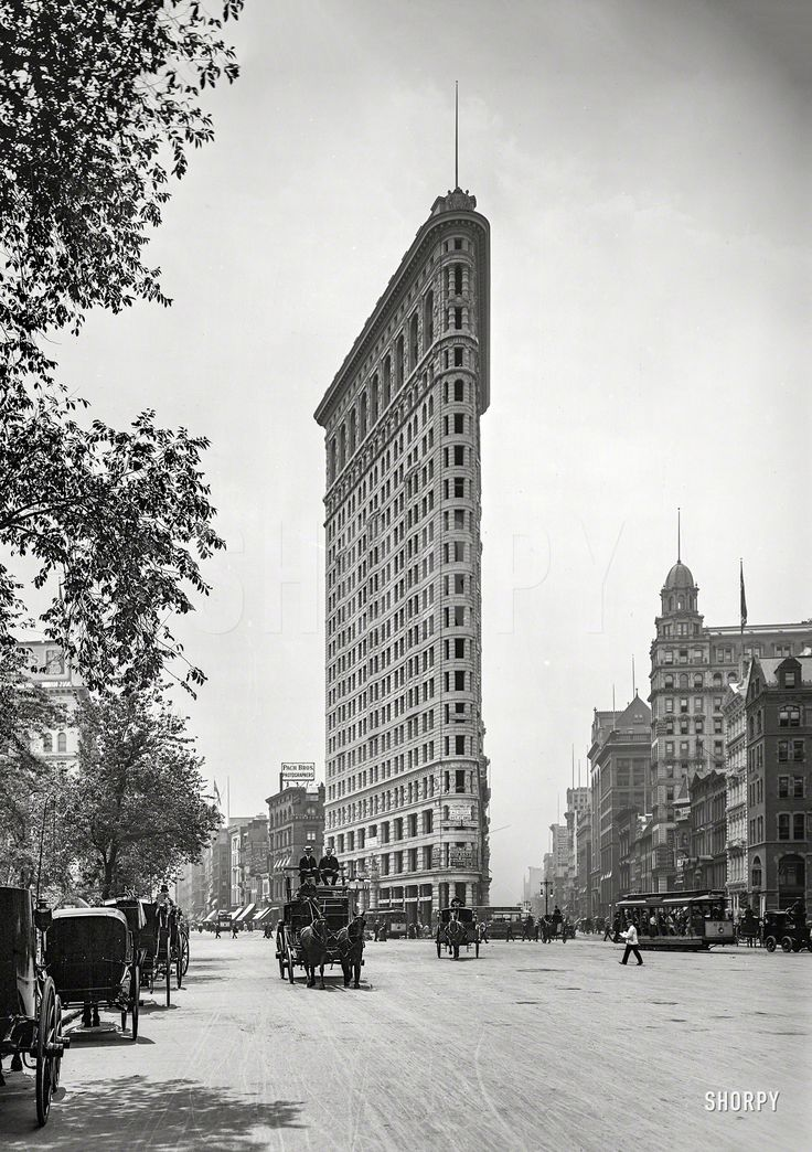 "New York circa 1903. ""Flat-Iron Building, Fifth Avenue and Broadway."" 8x10 inch dry plate glass negative, Detroit Publishing Company :: Shorpy Historic Picture Archive :: The Flat-Iron: 1903 high-resolution photo"
