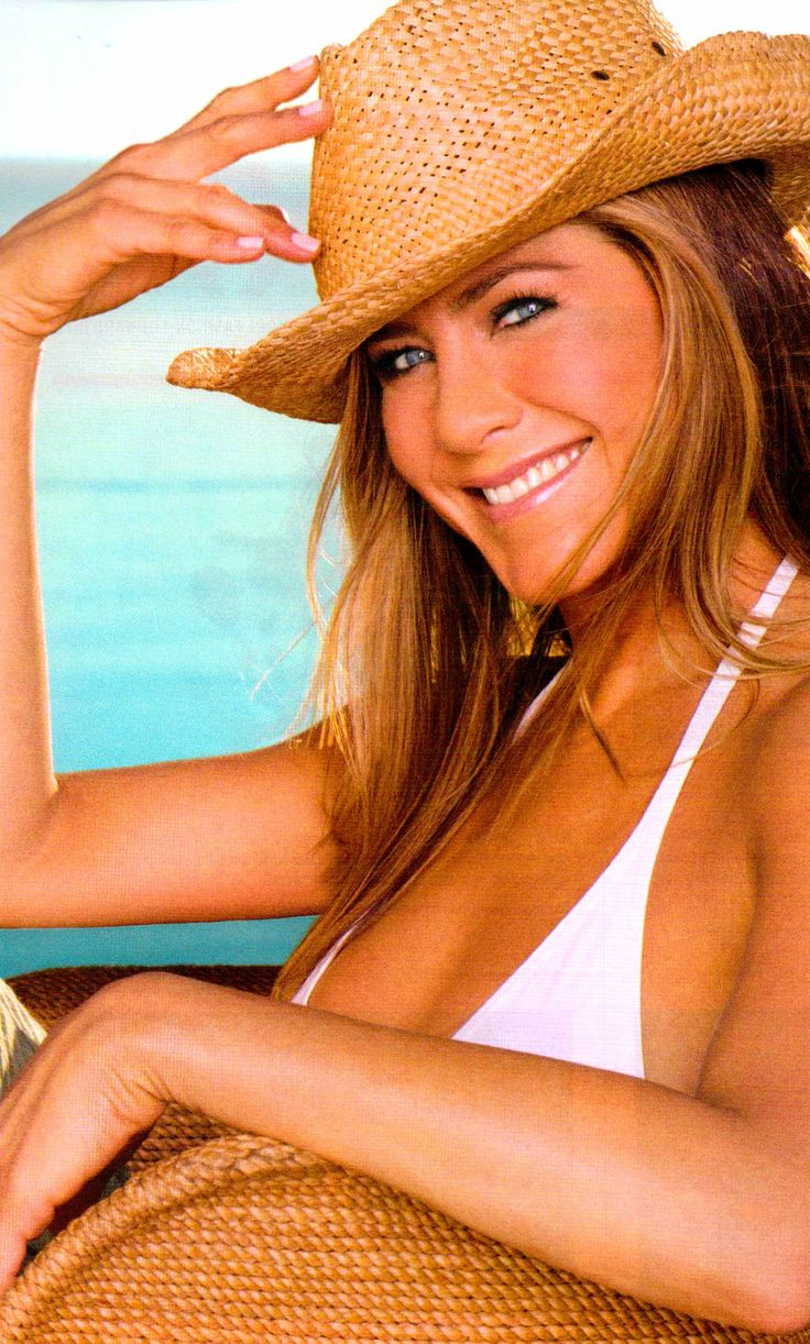 Jennifer aniston naked crotch — img 8