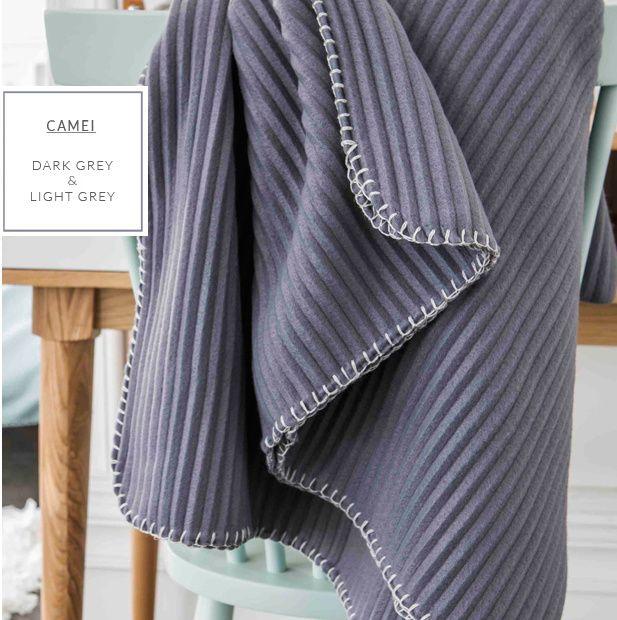 Dekorativní francouzská deka a přikrývka v šedé barvě