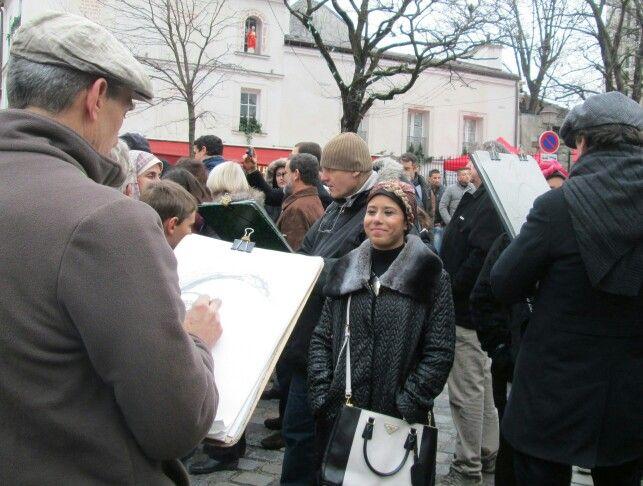 paris montmartre street artists sketching people
