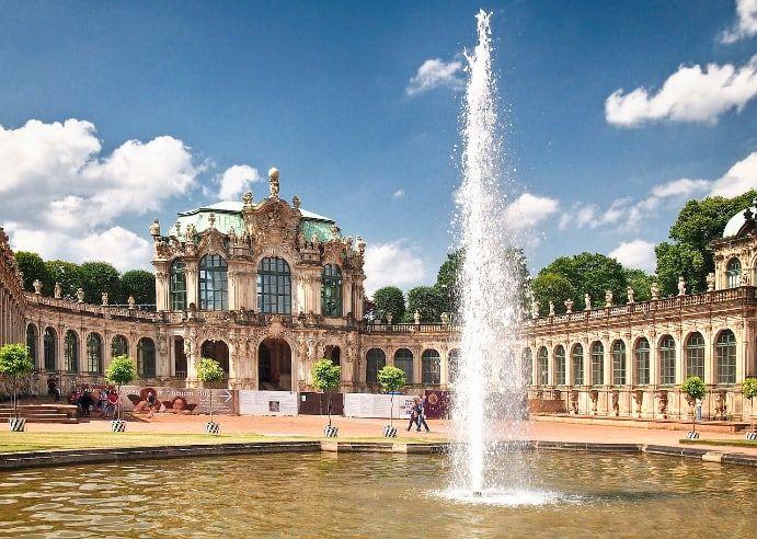 Unterwegs In Der Region Dresden Ausflugsziele Mit Erfahrungsberichten Und Viel Bildmaterial Ausflugstipps Z In 2020 Dresdner Zwinger Barock Architektur Holzgebaude