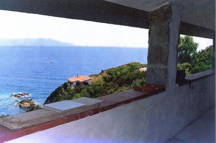 Seafront 3-bedroom villa in Tuscany Ref: Villa Giglio, Giglio Island, Tuscany. Italian holiday homes and investment property for sale.