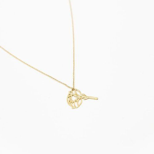 Flowers are amazing. Fact. Flowers are so ephemeral though. Also Fact. So we were like 'what if you could give flowers that last forever?' 🤔 Introducing the first 🌸of our gold flower amulets collection 😍 PEONY • meaning PROSPERITY. Because who doesn't need prosperity? Now available online! #AGoldFlowerLastFover