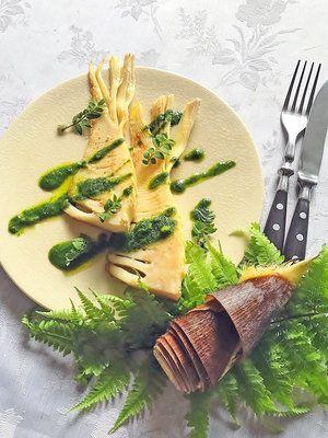 【ELLE gourmet】たけのこのステーキ パセリソースレシピ|エル・オンライン