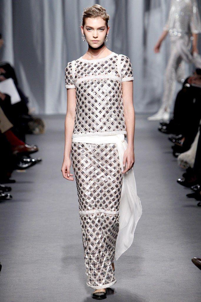 Chanel Spring 2011 Couture Fashion Show - Arizona Muse (Next)