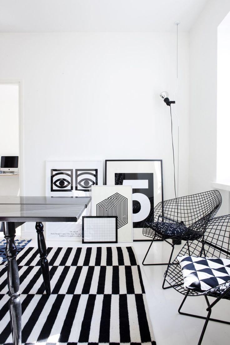 Via Modmuse | Black and White | Olle Eksell | Bertoia Chairs | Ikea Rand Rug | Susanna Vento Home