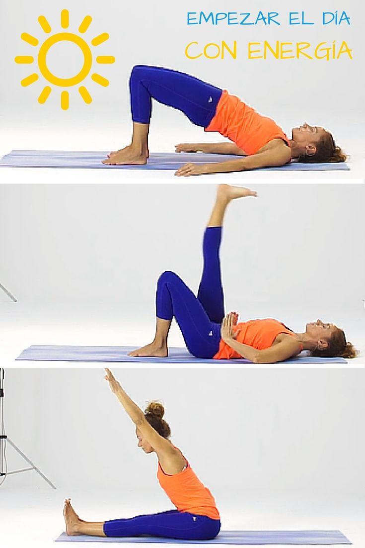 ¡Empieza el día con el 'power' encendido! Posturas de yoga para comenzar la mañana con energía
