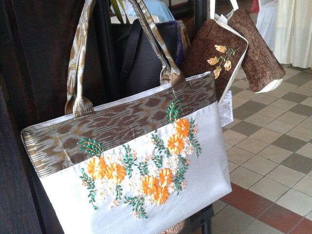 Tote Bag - Batik combine with embroidery