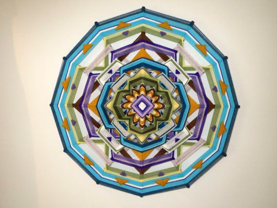 Summer Moon, a 24'' 12-sided ojo de dios