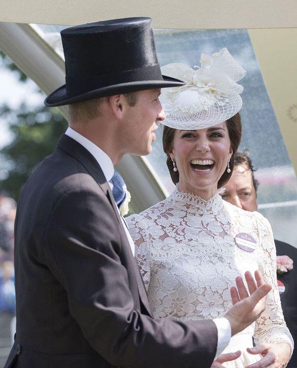 Megtörtént egy mozdulat, ami mindent elárult Katalin hercegné és férje viszonyáról. Mindenki döbbenten állt