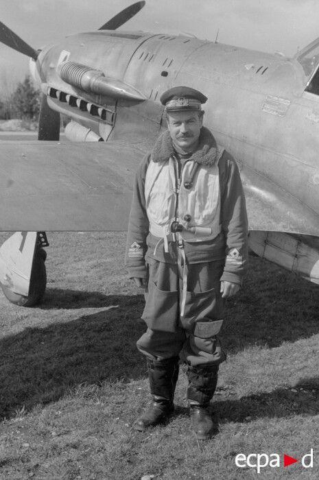 Adriano Visconti e il suo Macchi Mc 205 Veltro 1944