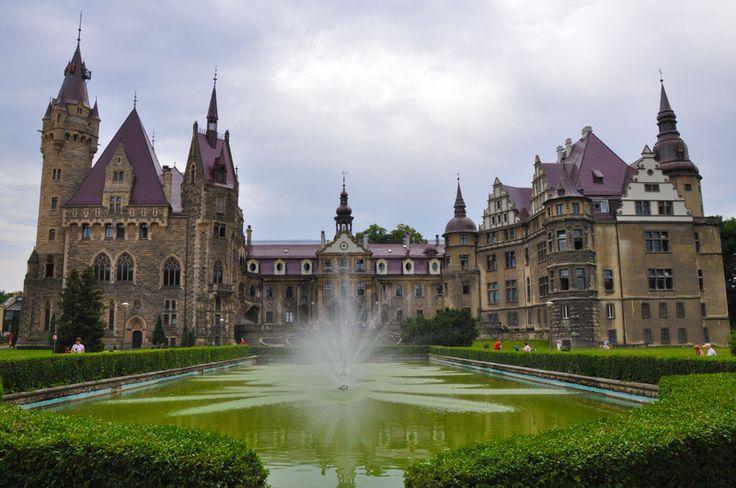 Pałac w Mosznej - Szukaj w Google