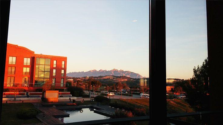 Un hotel amplio y luminoso ideal para relajarse o jugar al golf