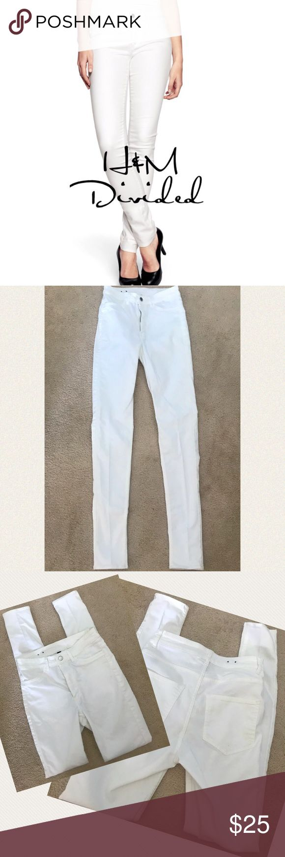 "H&M Divided white skinny jeans 6 H&M Divided brand white high waisted skinny jeans. They are new w/o tags so no flaws! 4 pockets, zip/button fly, belt loops. 70% cotton, 27% polyester, 3% elastin. Approx 12.5"" flat waist but stretches. 9.5"" rise, 31"" inseam💖 H&M Jeans Skinny"