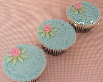 love themBlue Cupcakes, Fancy Cakes Cookies Cupcakes, Ribbon Rose, Cups Cake, Beautiful Cake, Ribbons Rose, Blog, Fancy Cake Cookies Cupcakes, Cupcakes Rosa-Choqu