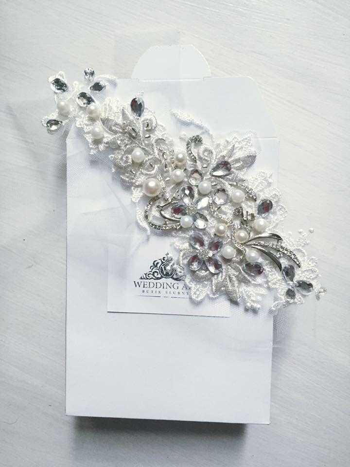 Handmade headband from Wedding Art by Magda Purchla
