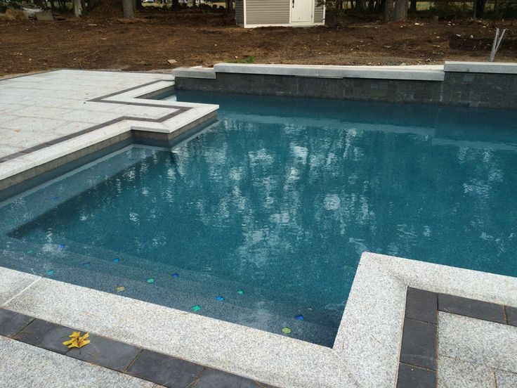 how to choose pool tile colours