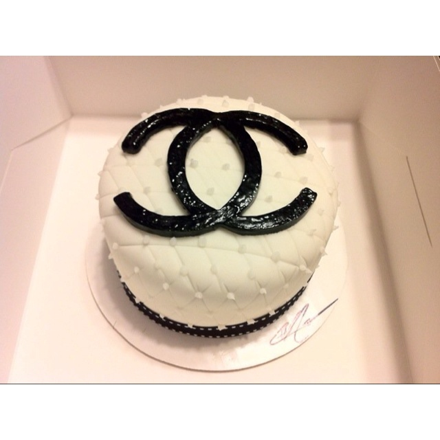 Chanel Nail Polish Cake: 17 Best Images About My Chanel Board On Pinterest
