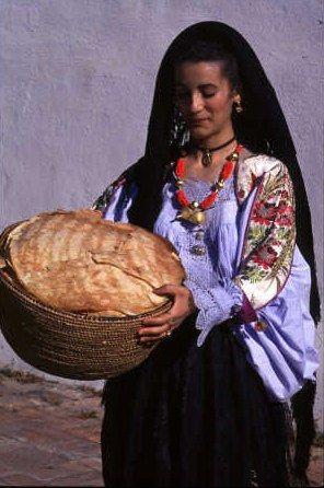 Le costume traditionnel sarde - Guide de Sardaigne
