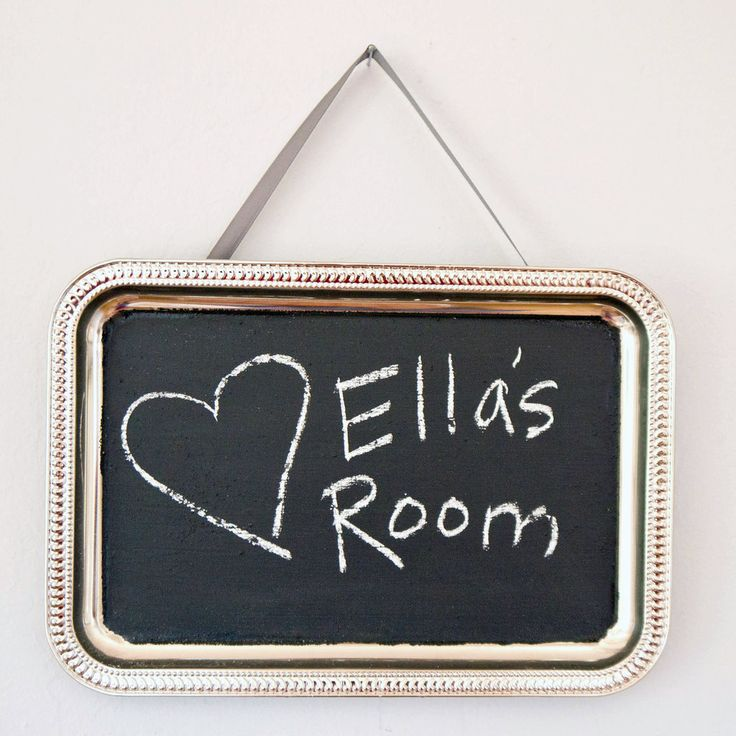 Recipe for homemade chalkboard paint. Transform a cheap metal serving tray into a really special chalkboard wall hanging with the help of homemade chalkboard paint.