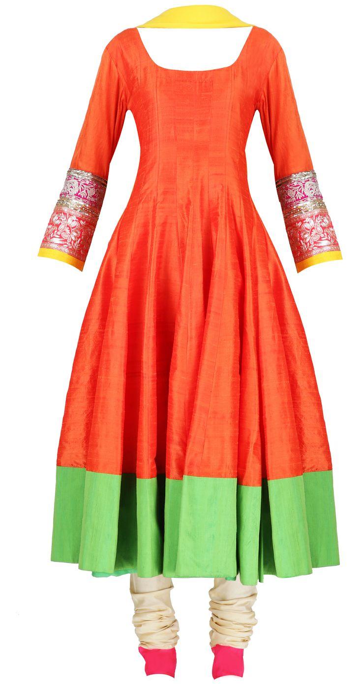Bright orange kalidaar with green bottom hemline by MANISH MALHOTRA. Shop at https://www.perniaspopupshop.com/whats-new/manish-malhotra-3417
