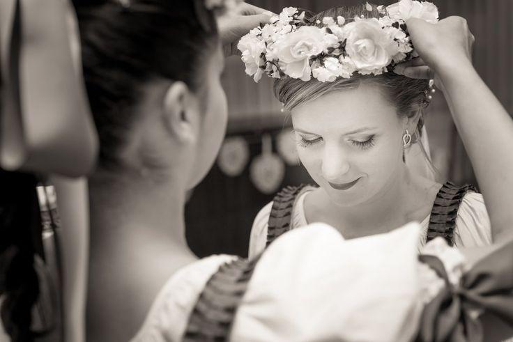 Slovak folk wedding tradition Mirabelky.com