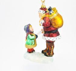 Mikołaj i dziewczynka z listem - Polskie bombki ręcznie malowane - sklep z ozdobami choinkowymi Komozja Family