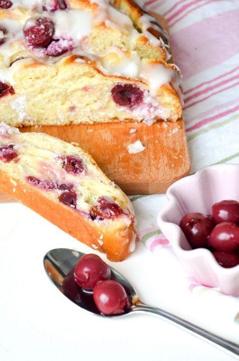 Kirsch-Vanille-Germzopf // Cherry vanilla yeast plait // Baking Barbarine