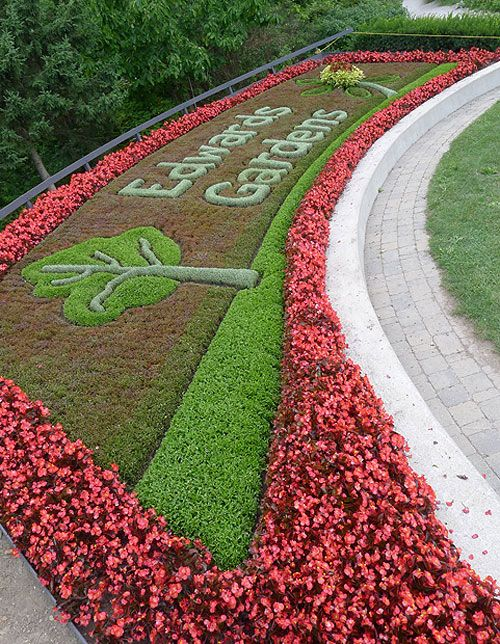 The Edwards Gardens bed - Canadian Gardening
