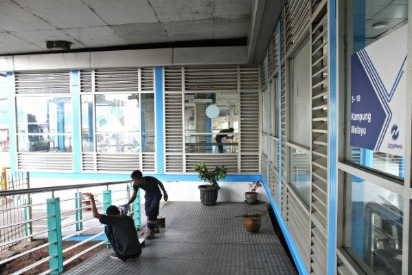 Plt Gubernur DKI Berencana Pasang Halte Transjakarta Metal Detektor