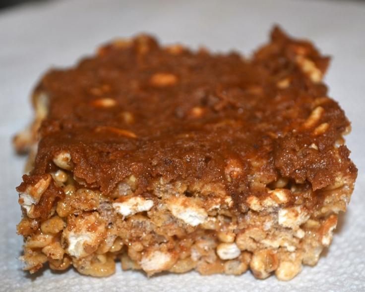 Healthy chocolate peanut butter rice krispie treats