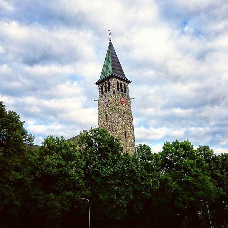 https://flic.kr/p/Kpfo1Z   #Relivingthemoments: Torentje  (#Maastricht,#2016)  #Tower,#Toren,#Limburg,#Nederland,#europe,#hudsonfilter,#netherlands,#Europa,#mestreech,#beentheredonethat  (BY: #KJVW 2016)