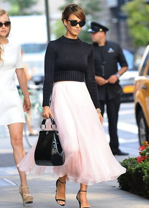 Jessica-Alba-New-York-Ralph-Lauren-Black-Cropp-ed-Sweater-Pink-Skirt-and-black-ankle-strap-sandals