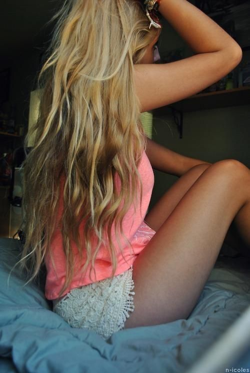 Caramel/ sandy blonde. This is the color I think I want. More calm not so much in your face