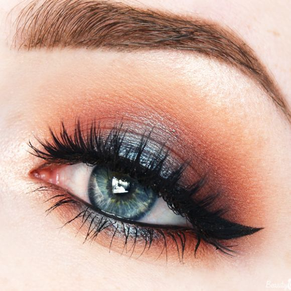 hot & cold makeup /beautycloudnl/ | warm orange / reddish halo eye with pop of metallic petrol