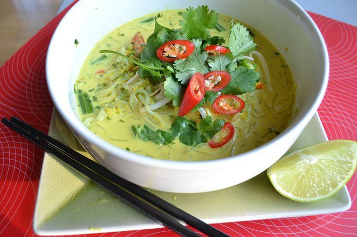 Prawn & Coconut with Noodle Soup