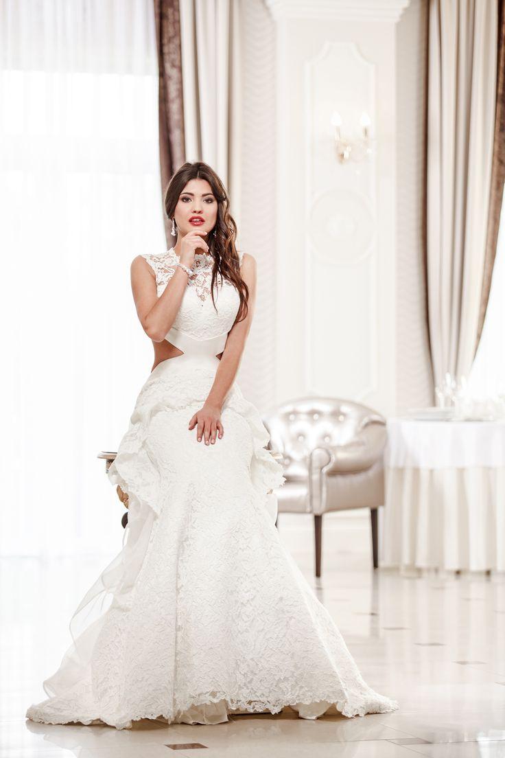 2016 Classic Collection Weddding Dress Maxima Bridal 50.16