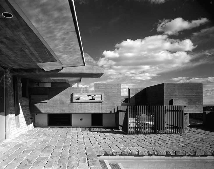 Allan C Smith house, West Pennant Hills. Enrico Taglietti architect. Kerry Dundas photo.