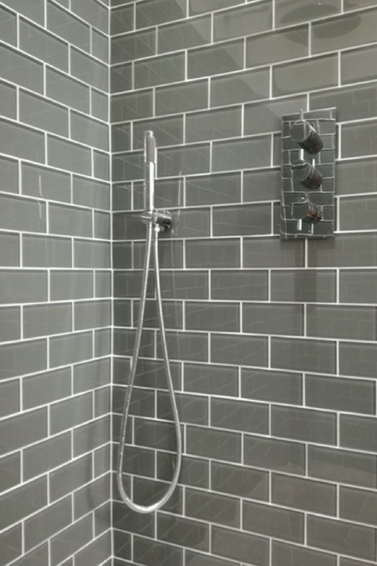 Make your bathroom stand out with these hip and distinctive glass metro tiles. Brand new to the UK, these cutting edge tiles are available at amazing prices from www.too-Jazzy.com.
