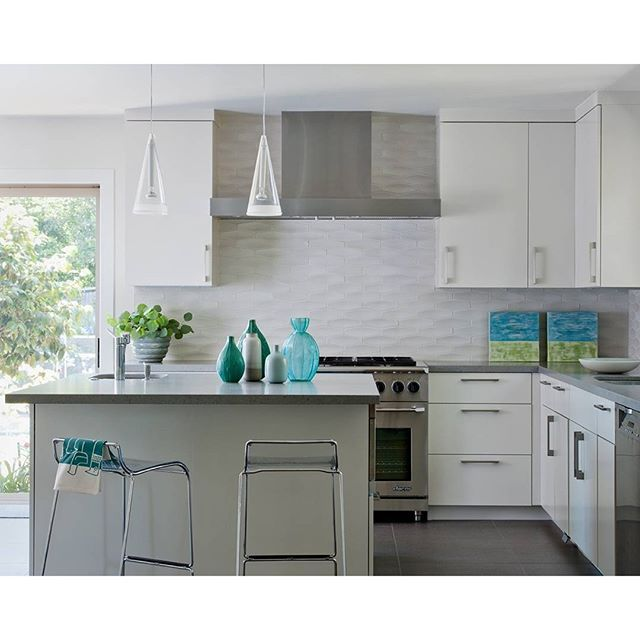 Transitional Kitchens With White Cabinets: 518 Best Images About Caesarstone Kitchens On Pinterest
