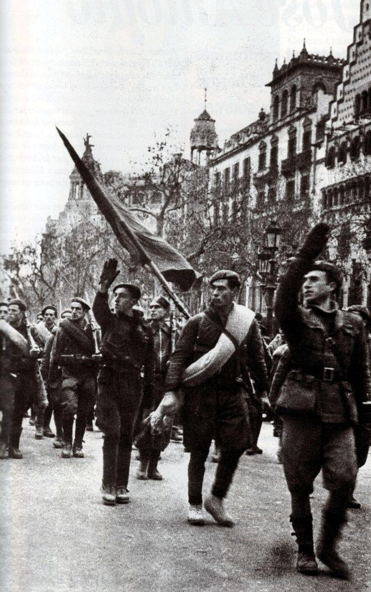 Franco's fascist winning troops entering defeated republican Barcelona (January 26, 1939)