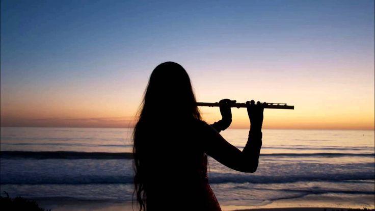 Música Relajante con Fauta de Pan, Guitarra y Olas del Mar