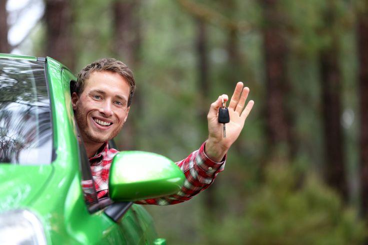 """""""Nos vamos de #viaje y #alquilamos un auto"""", hacé esta frase real con #Despegar"""