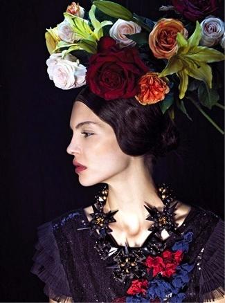 September 2012 Vogue Italia. Image © Pierpaolo Ferrari.