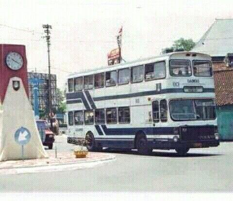 Damri Double Decker (Bus Tingkat Damri)