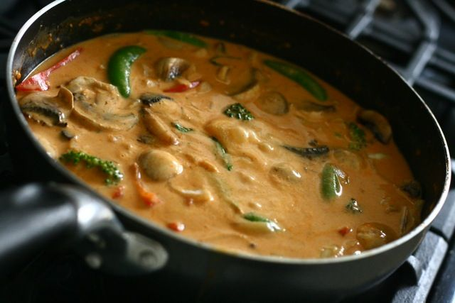 PaNang!! My Favorite Thai dish!! I'll be making this later this week, but w chicken instead to tofu :D