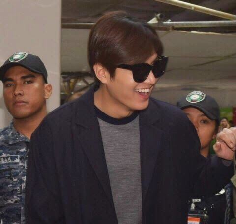Lee Min Ho at Incheon International Airport and Ninoy Aquino International Airport - 24.02.2015